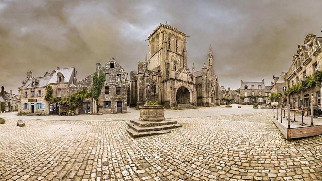 Place de l'Eglise, Locronan
