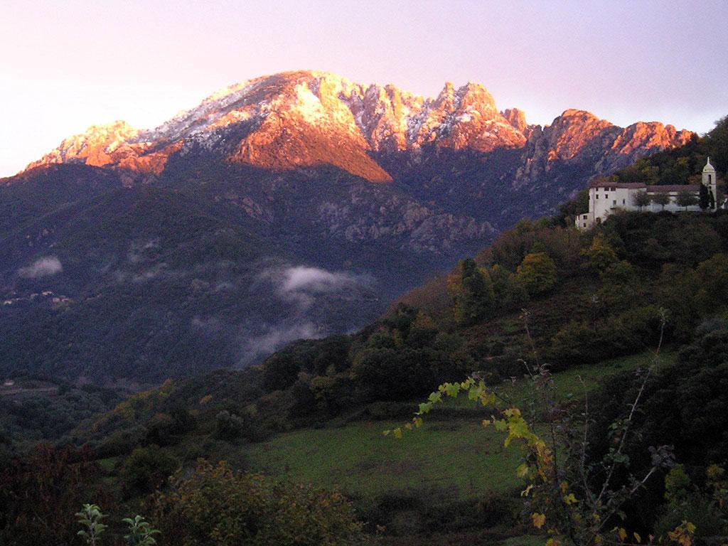 Paysages de Vico, montagnes à couper le souffle